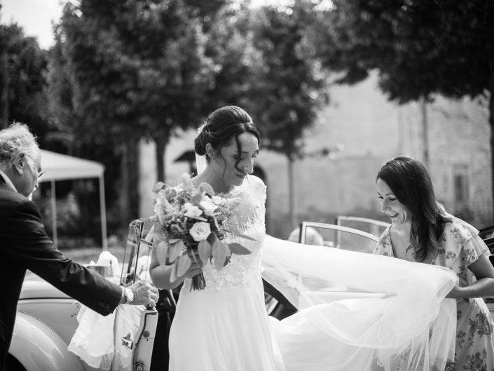 Wedding Photographer for a wonderful couple in a stylish ancient villa on the hills around Bologna, Italy